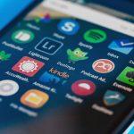Ứng dụng smartphone tự ý quay trộm người sử dụng